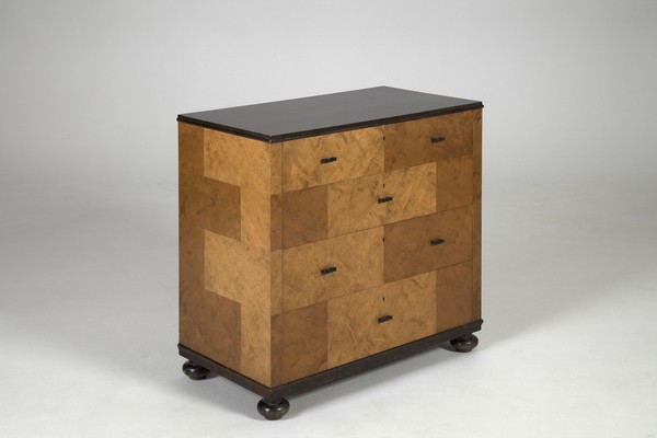 'Haga' Chest Of Drawers
