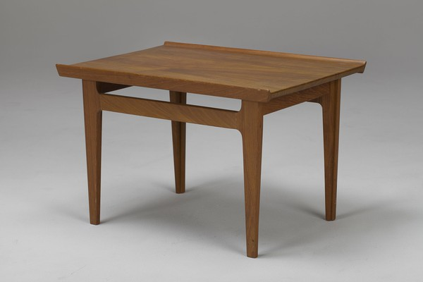 Finn Juhl Side table