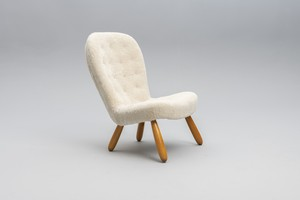 'Clam' Chair