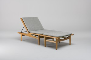 Adjustable Chaise Longue / Daybed and Ottoman, Model no. 'GE 1'