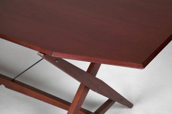 TL2 Table or Desk