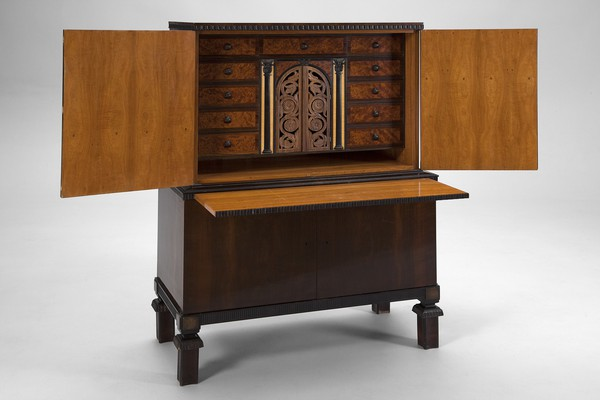 Neoclassical Writing Bureau