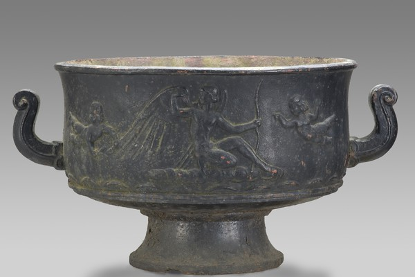Large Neoclassical Urn