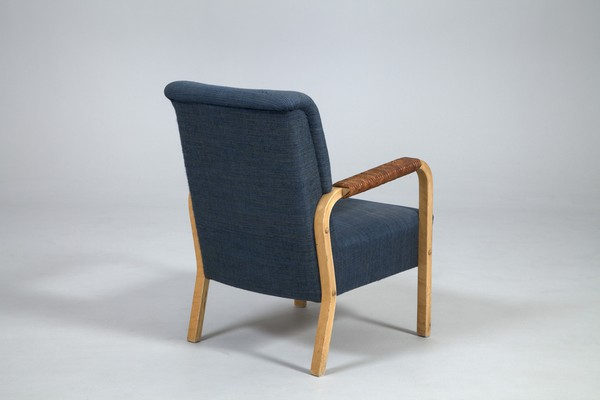 Armchair Model no. 47