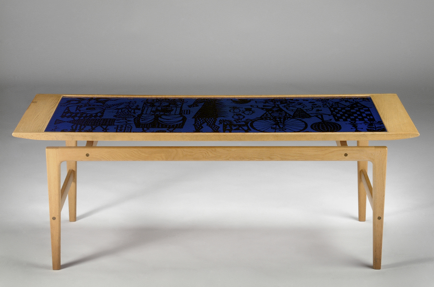 Stig Lindberg Table