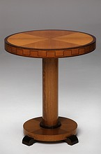 Art Deco-Side table