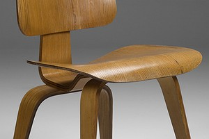 Eames DCW Chair