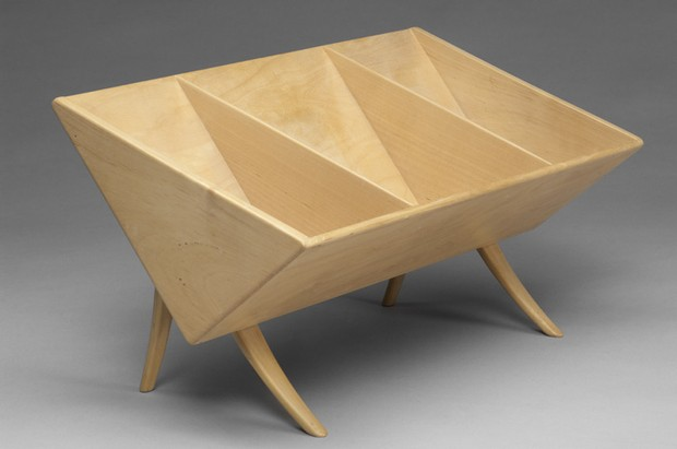 Large image of Bruno Mathsson book shelf