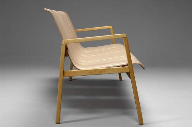 Large image of Alvar Aalto Sofa