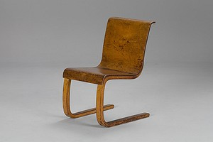 Alvar Aalto Cantilevered Chair No.21.