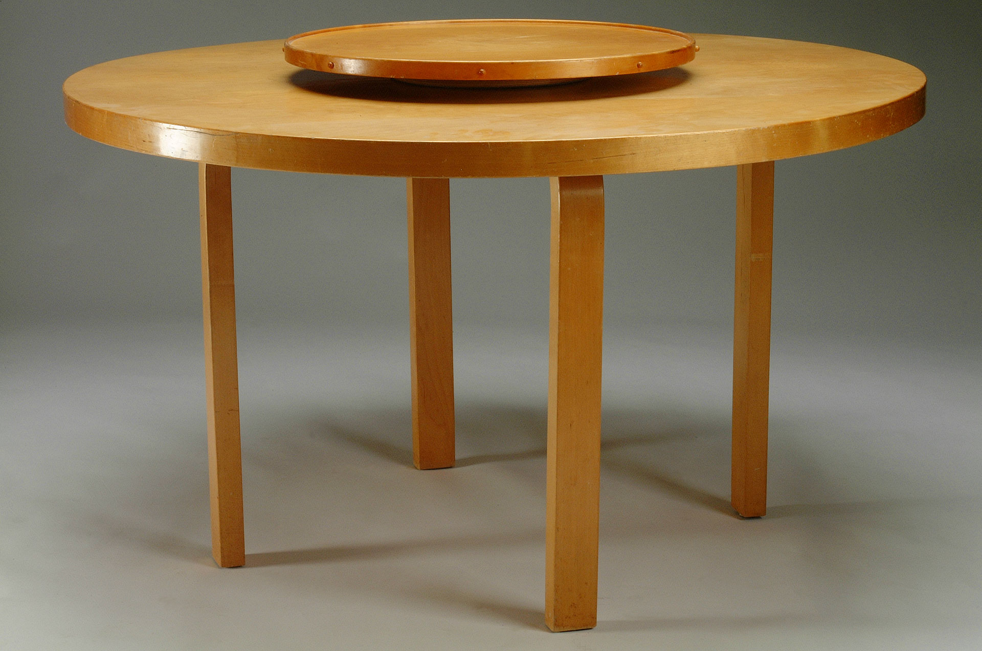 lazy susan table