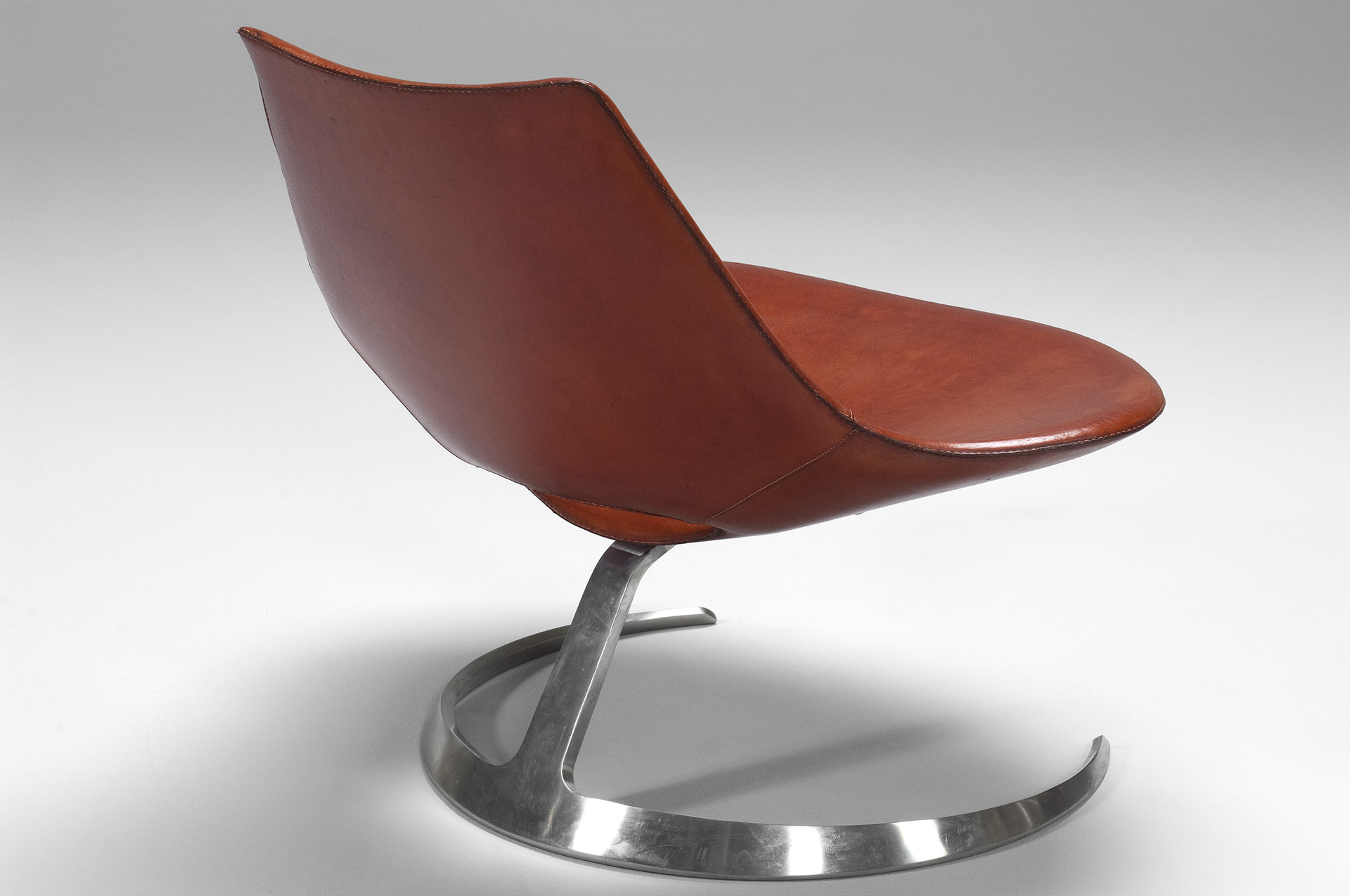 Scimitar Chair