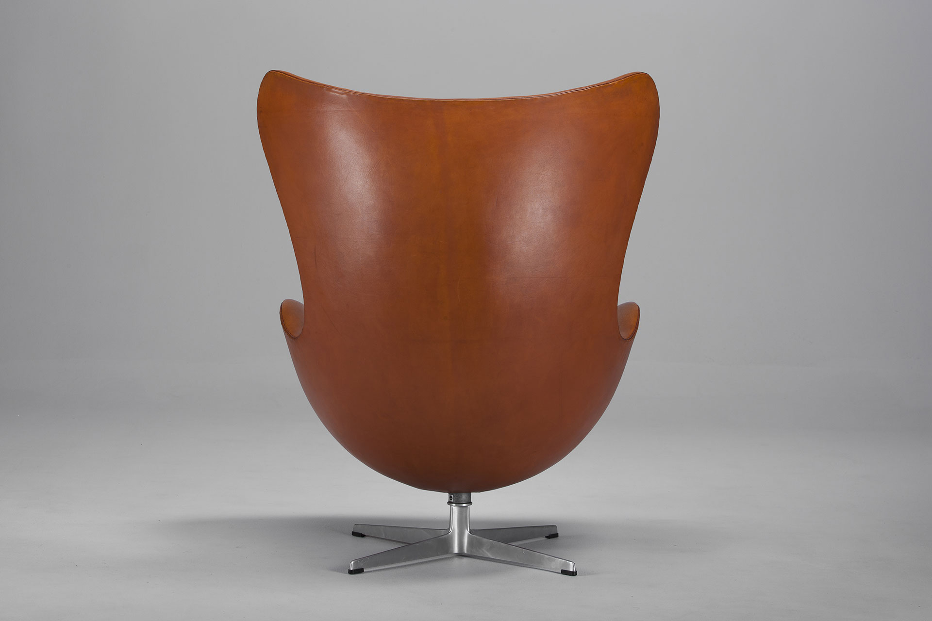 arne jacobsen egg chair original. Black Bedroom Furniture Sets. Home Design Ideas