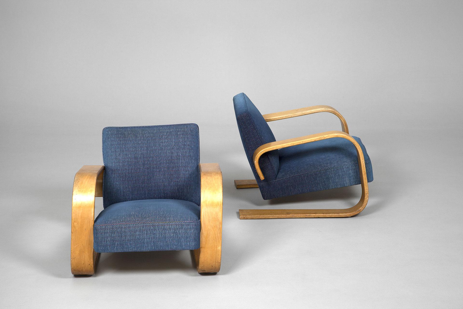 Jacksons Pair of Tank Chairs Alvar Aalto