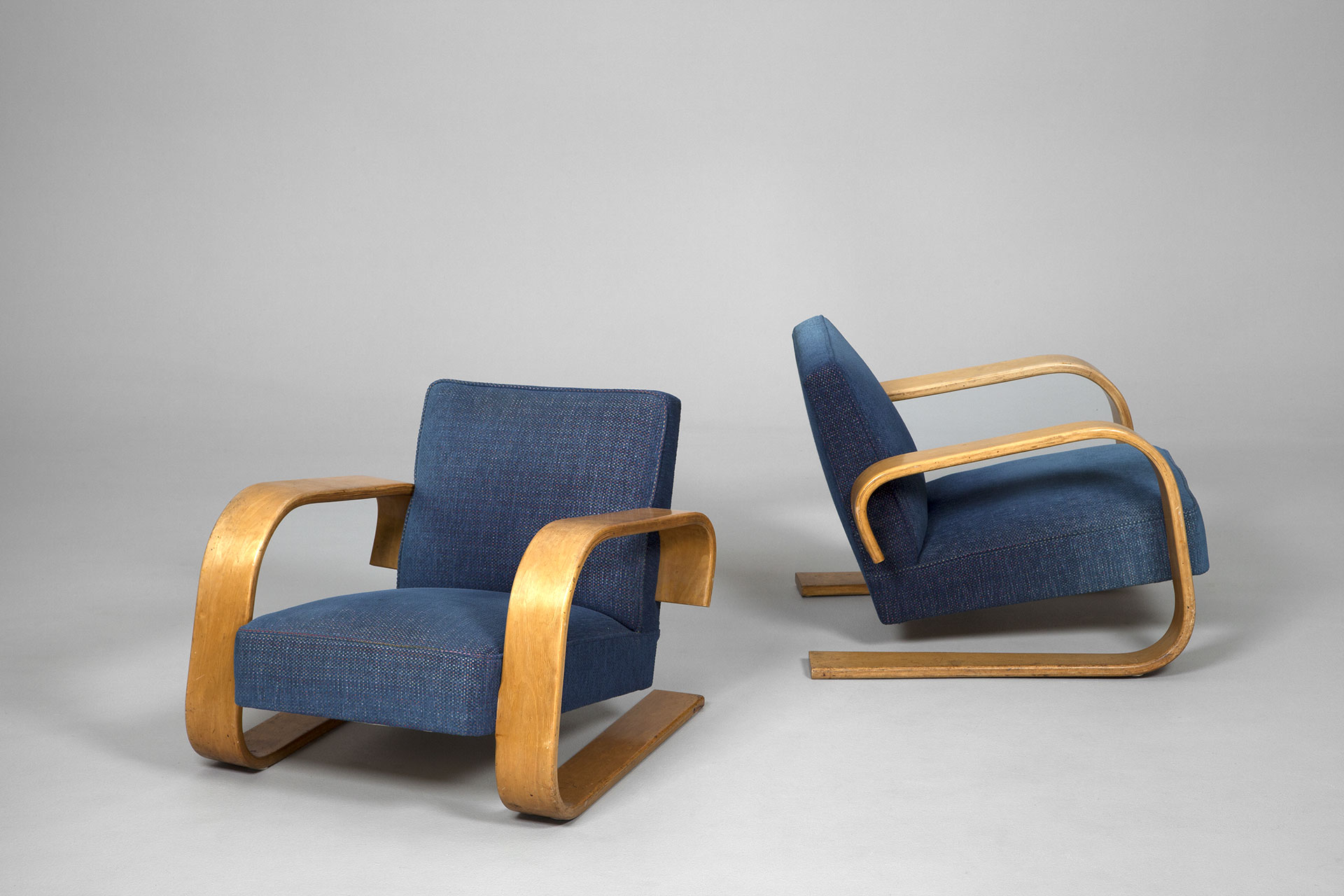 Jacksons Pair of Tank Chairs Alvar Aalto