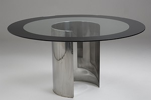 Azucena Table