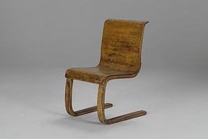 Alvar Aalto Cantilevered Chair No. 21