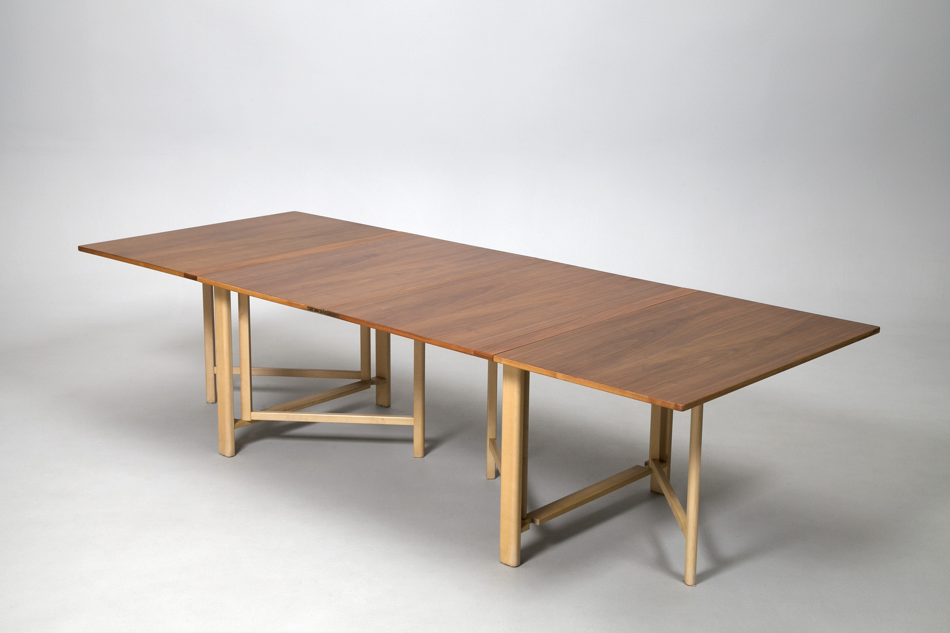 Extra Wide Maria Flap Extending Dining Table