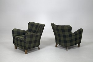 Pair of Fritz Hansen Chairs
