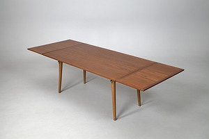 Hans J Wegner Dining Table