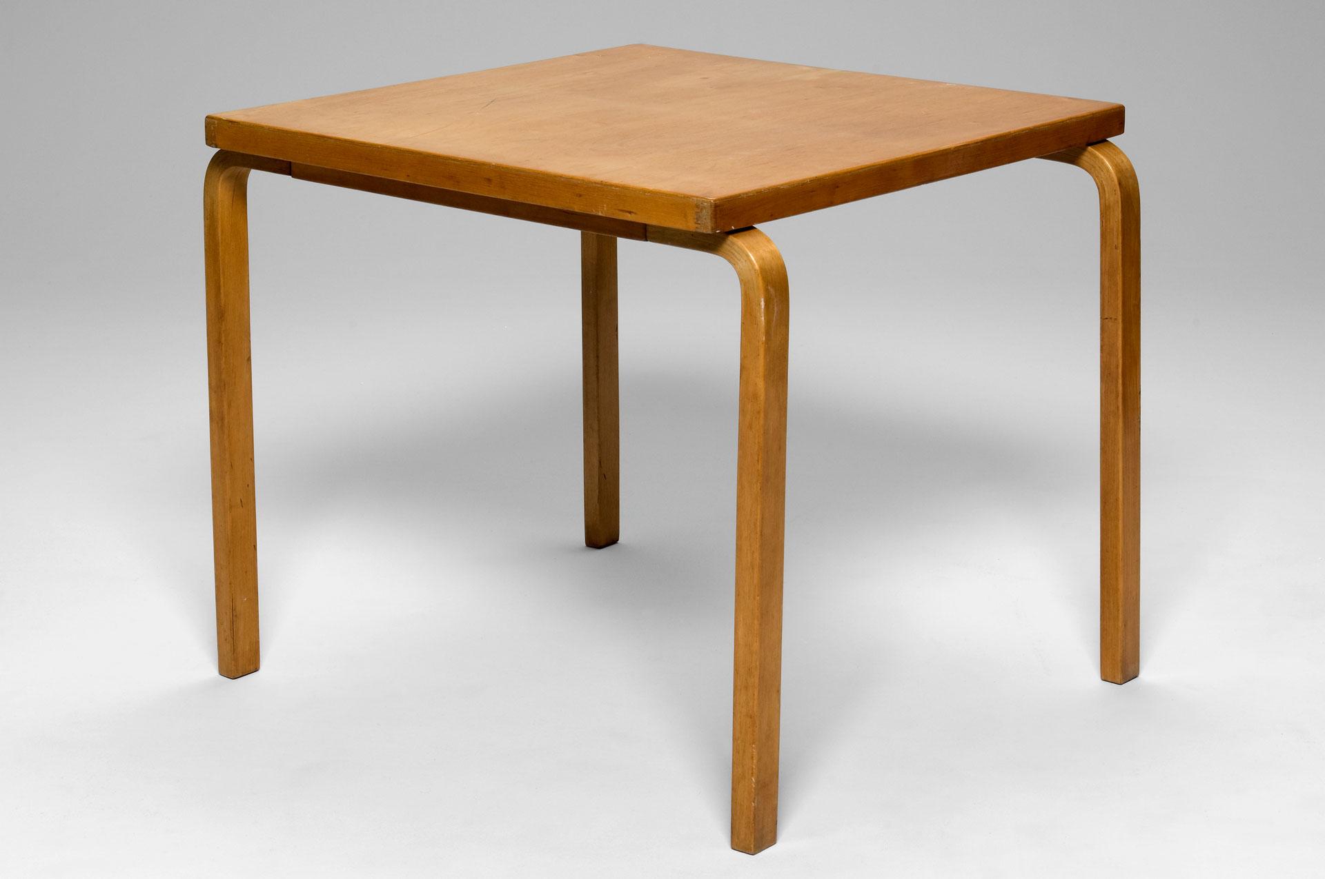 jacksons table no 88 alvar aalto. Black Bedroom Furniture Sets. Home Design Ideas