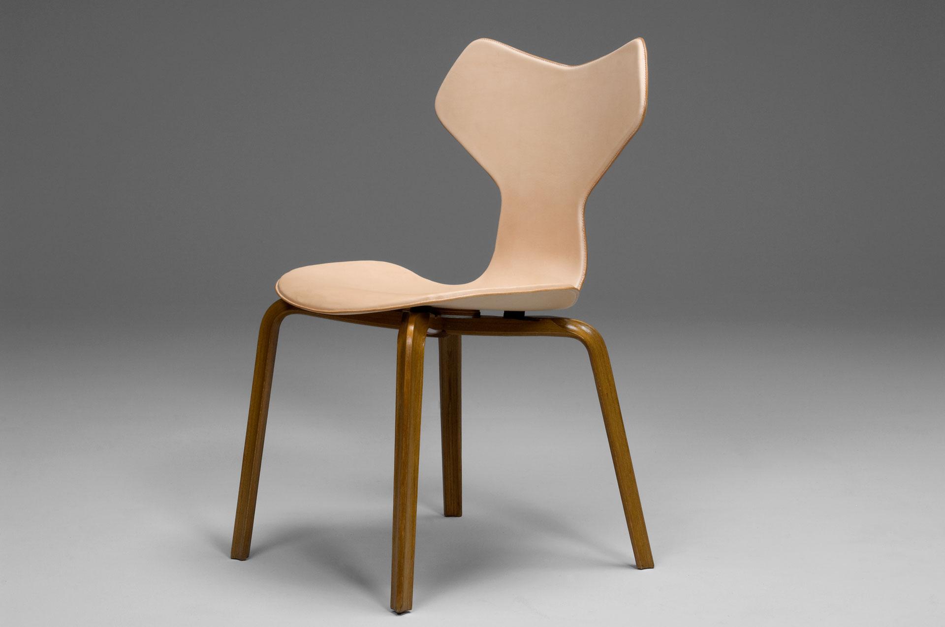 jacksons grand prix chair arne jacobsen. Black Bedroom Furniture Sets. Home Design Ideas