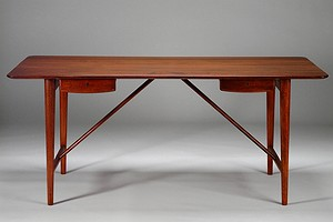 Peter Hvidt Desk