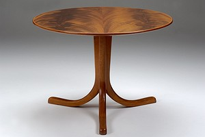 Josef Frank Table