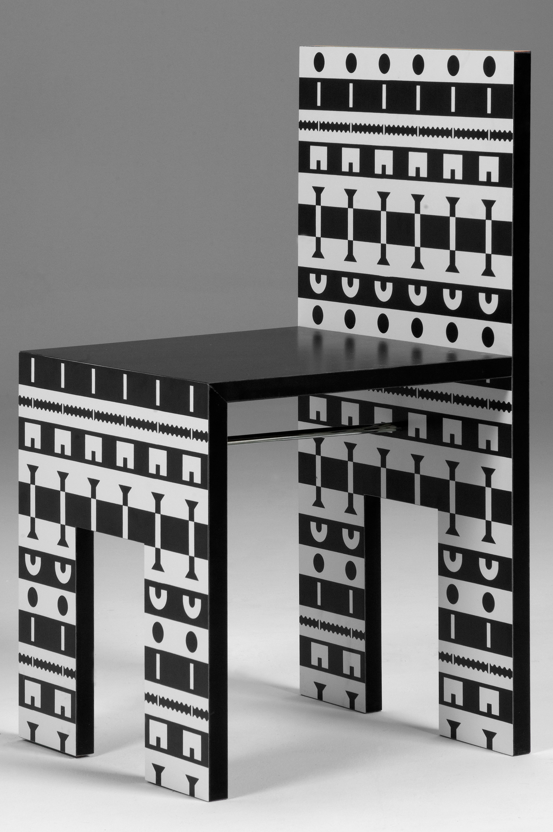 "Dining Set from the ""Olio"" Collection"