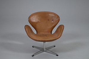 Arne Jacobsen 'Swan' Chair