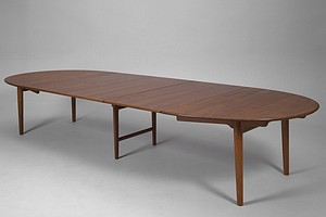 "Hans J. Wegner Oval Dining Table ""JH 567"""