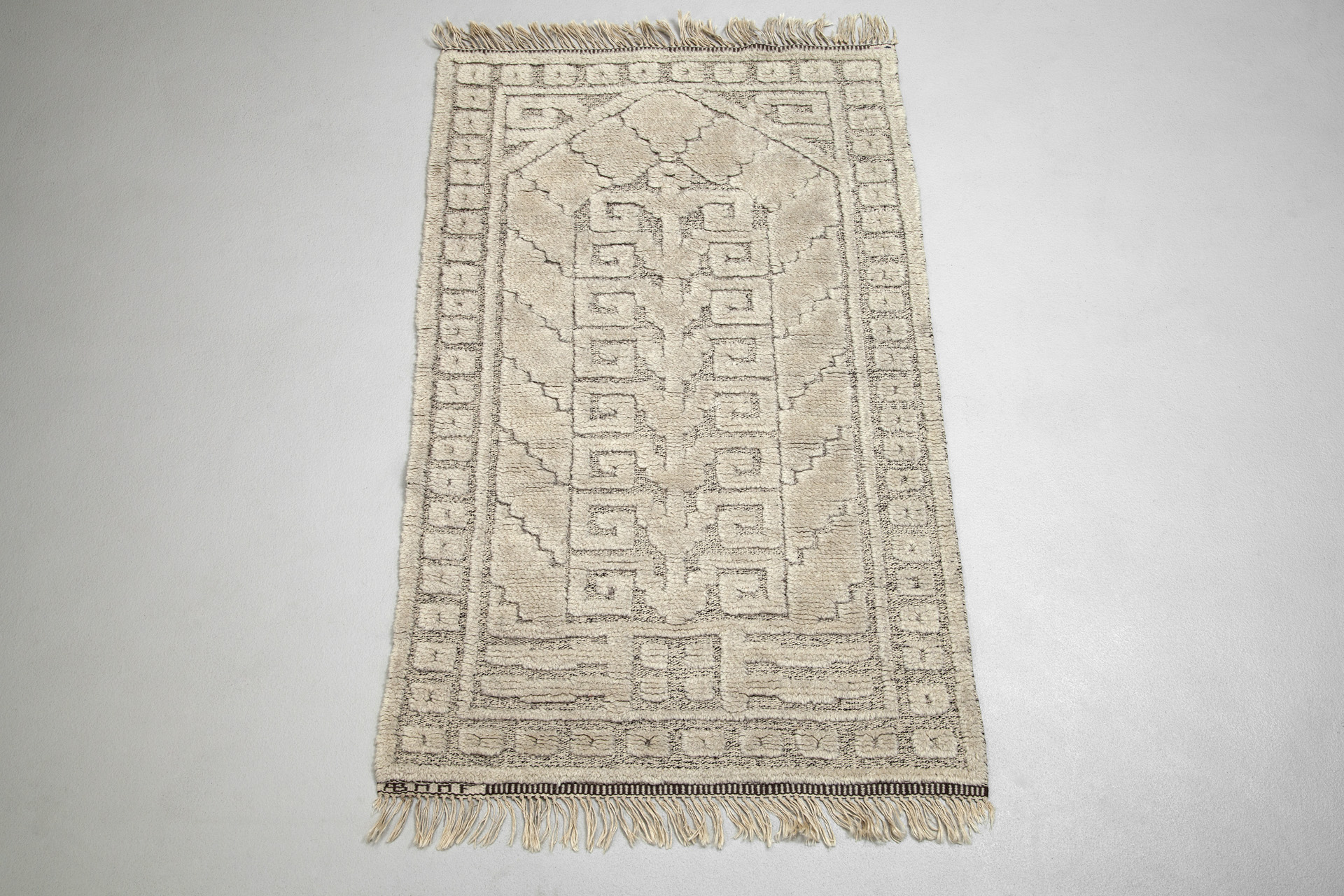 "Rug "" The Gothic Portal"""