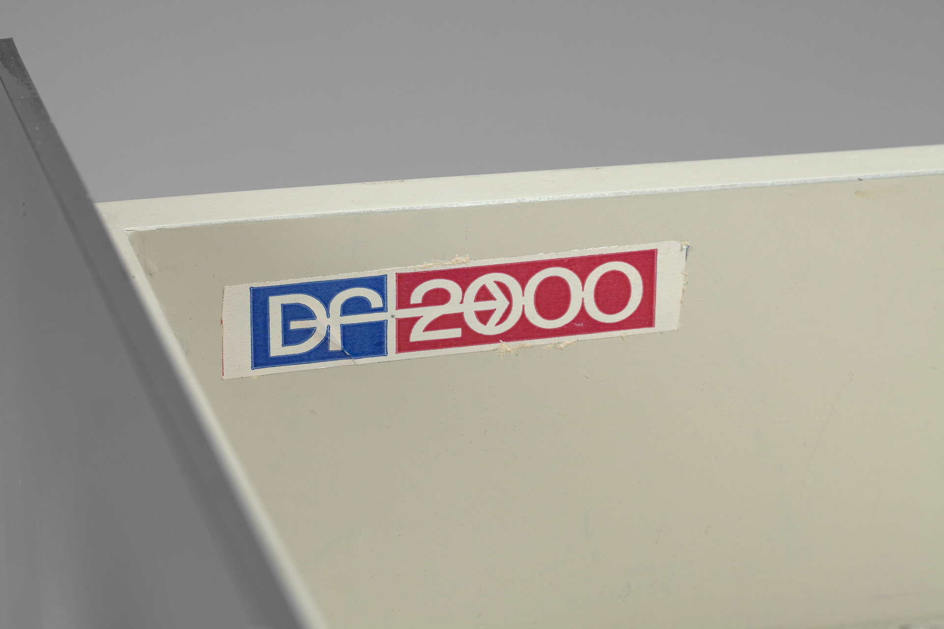 DF - 2000 Chest of Drawers