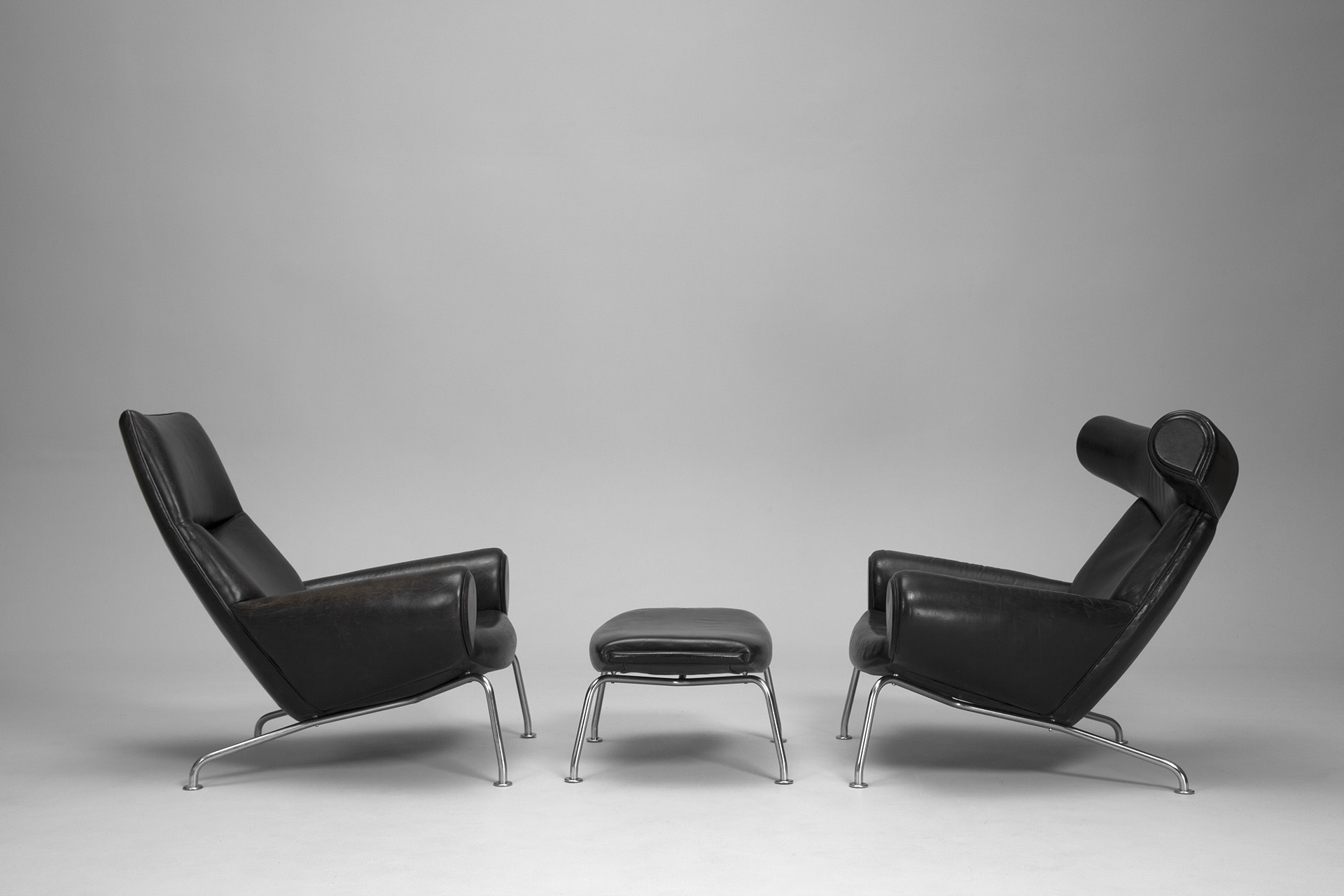 Ox and Ox-Queen Chair and Ottoman