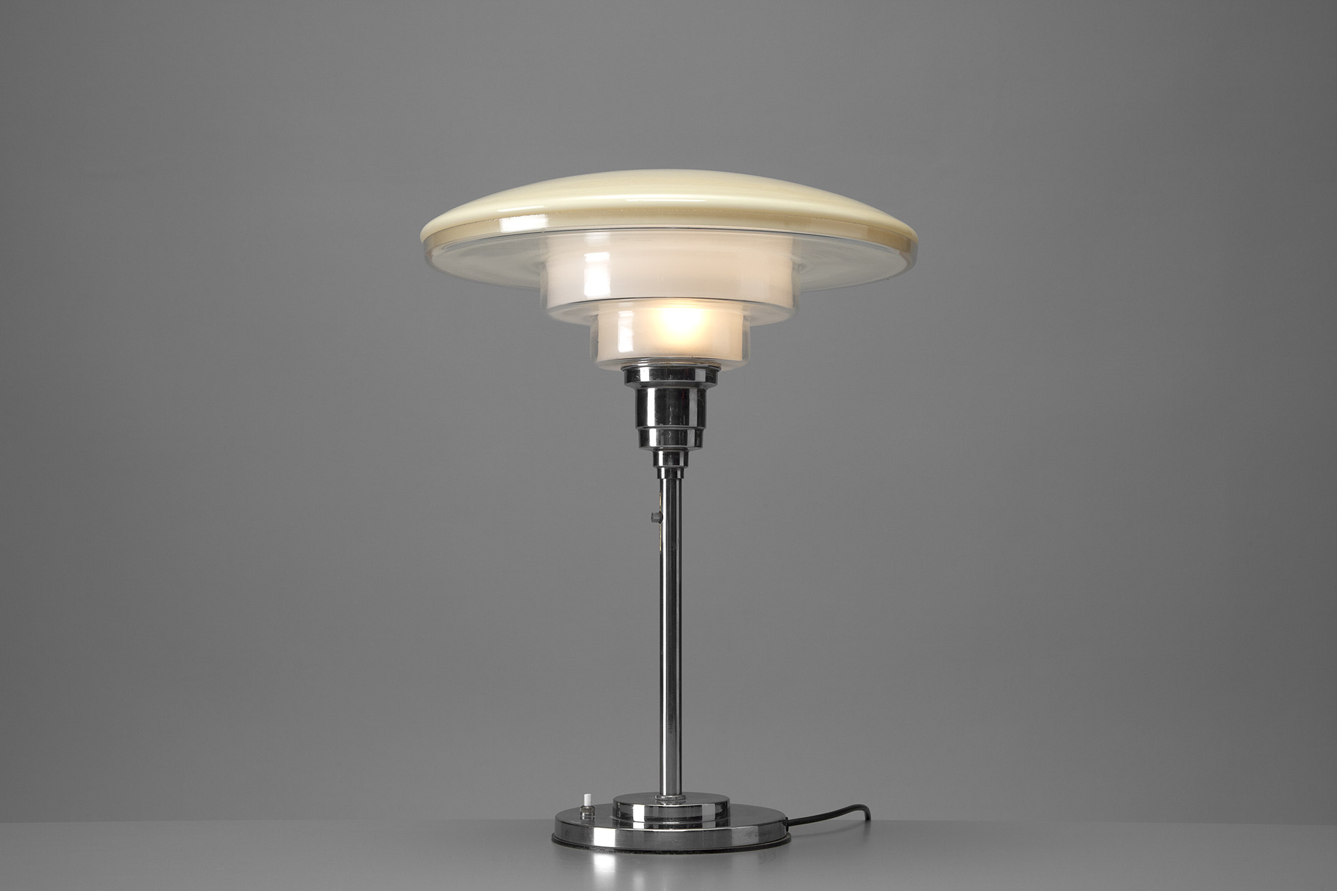 Jacksons extra large sistrah table lamp cf otto mller extra large sistrah table lamp aloadofball Image collections