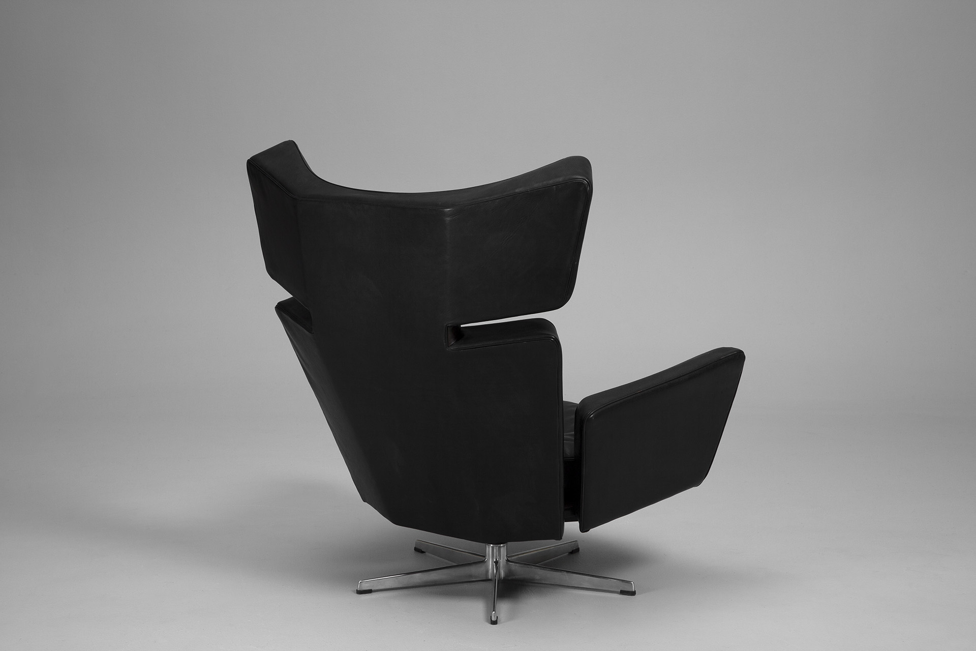 Oxe Chair and Footstool