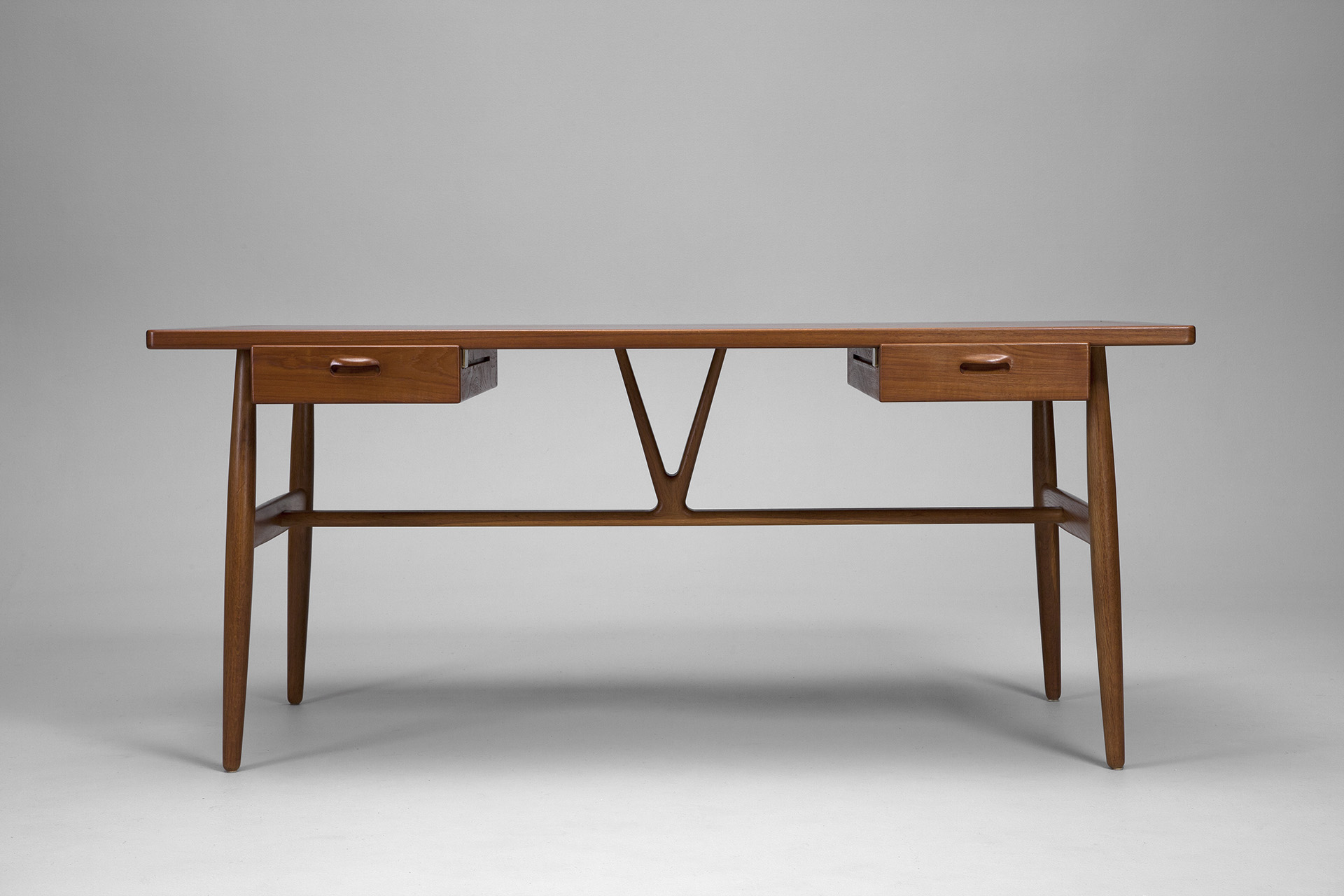 Wishbone Desk