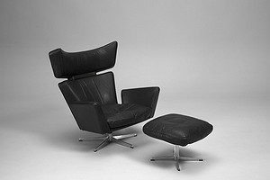 Jacobsen Oxe Chair and Footstool