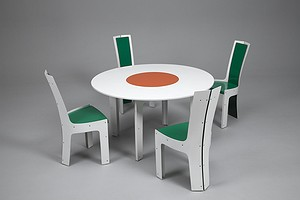 H.I. Group Dining Set