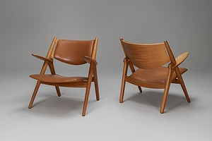Pair of 'Sawbuck' Armchairs, Model No. CH 28