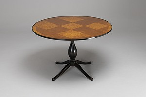 Center / Dining Table