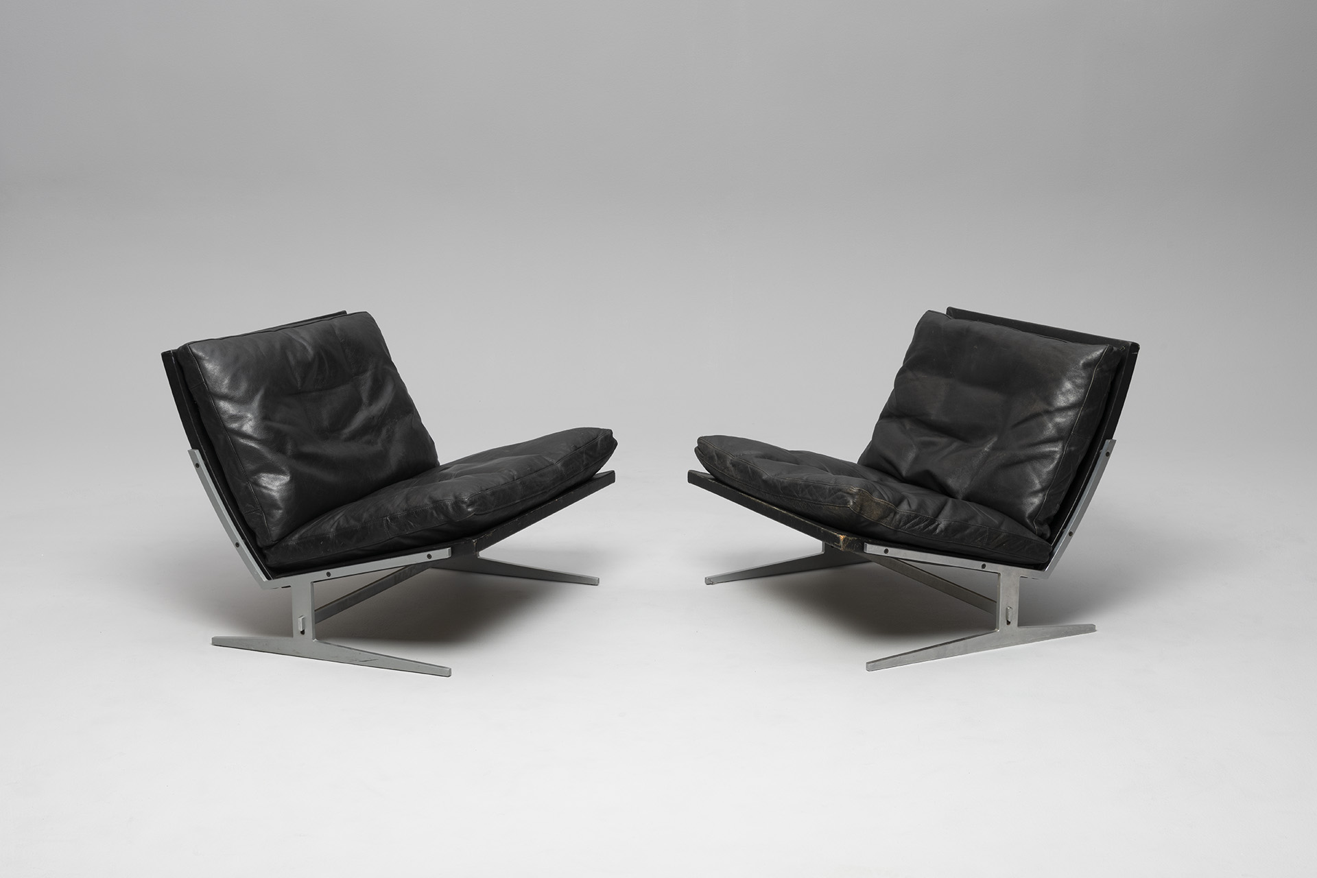 Pair of Lounge Chairs, Model no. BO 561